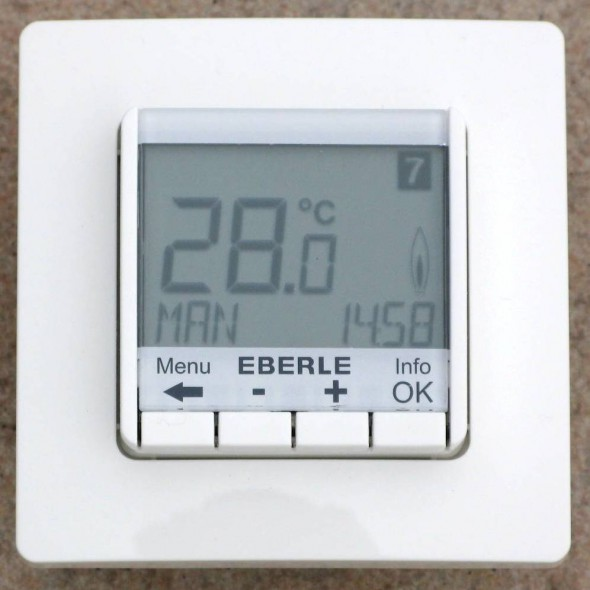 EBERLE FIT-3F weiss UP, digital, 16A